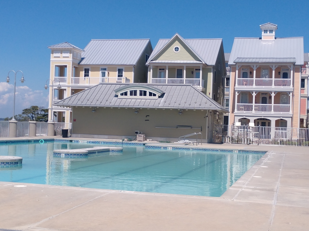 Sunset Island MD Pool
